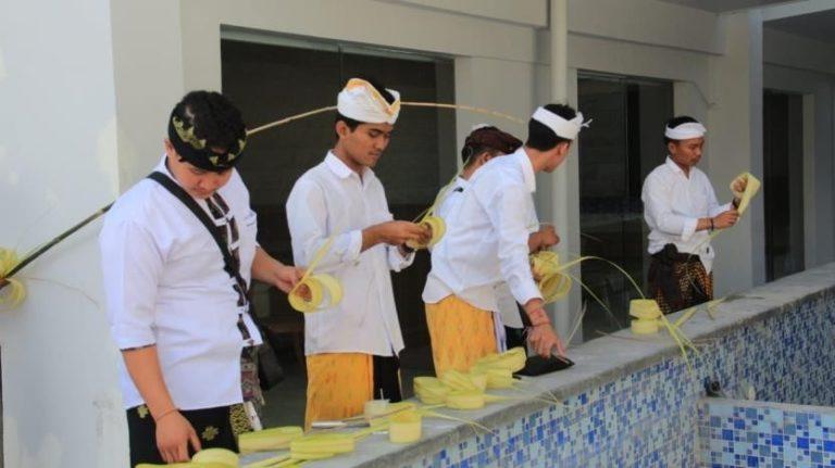 Capital Bali Hotel Ceremony Prepare