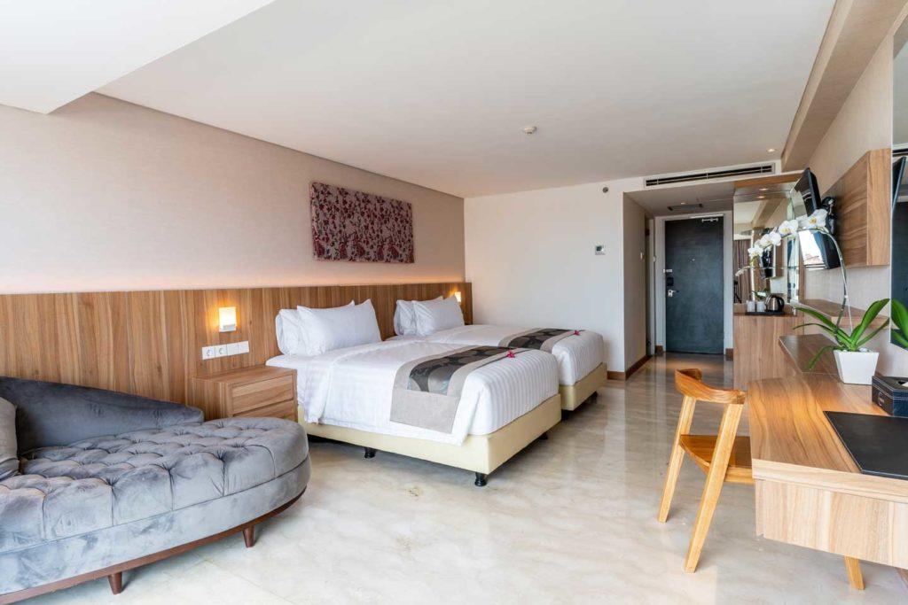 Capital Hotel Grand Deluxe Full Room